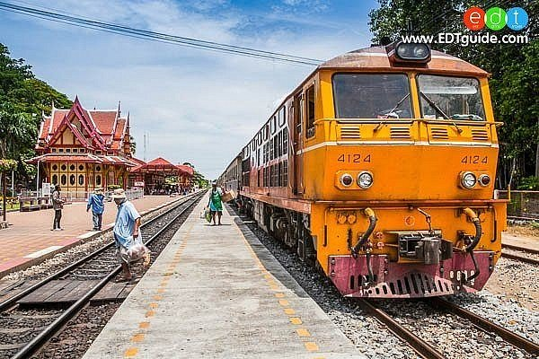 hua-hin-train-station3