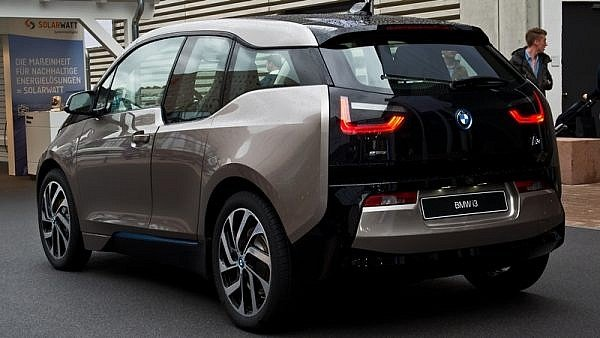 Apple - BMW i3 as Reference EV (2)