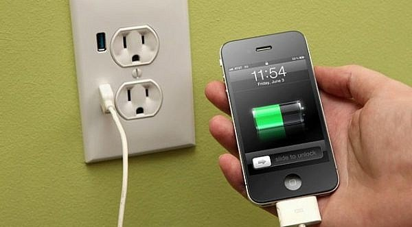 iphone-charging-whole-night