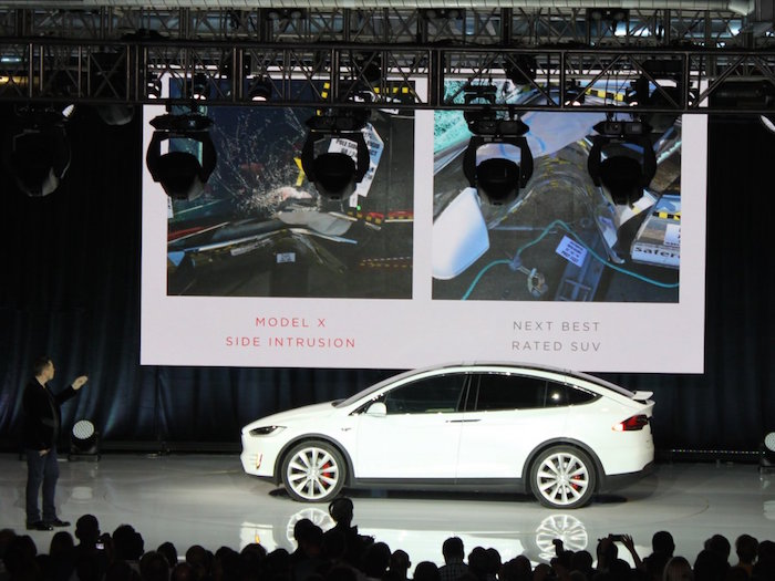 musk-opened-the-presentation-by-going-over-the-practical-features-of-the-model-x-such-as-side-impact-protection