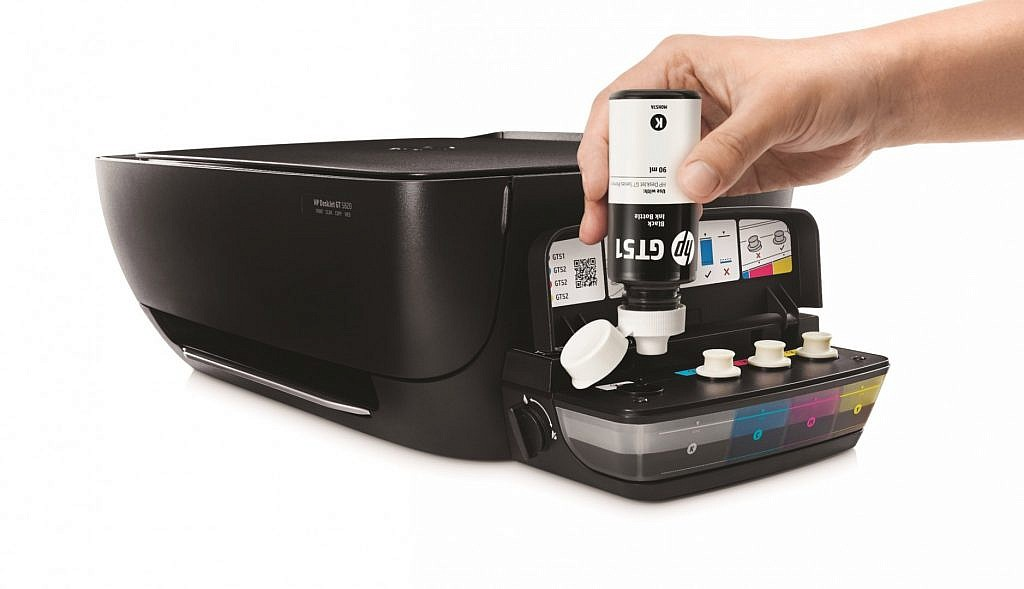 HP DeskJet GT Series Ink Bottles (Black), In use refilling printer (2)