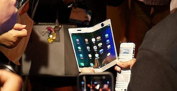 Lenovo-foldable-smartphone-and-tablet-concept-first-look-10-1340x754