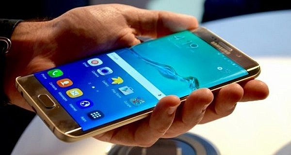 Samsung-Galaxy-S7-And-Galaxy-Note-6-–-More-Rumors-About-Their-Specs