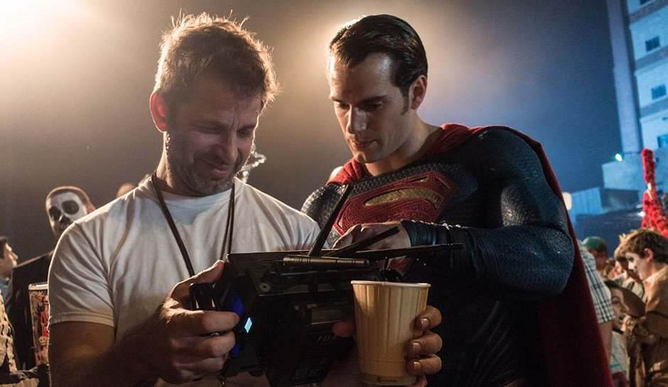 This image has an empty alt attribute; its file name is Did-Warner-Bros.-Quietly-Scrap-Zack-Snyder-From-'Justice-League-2'.jpg
