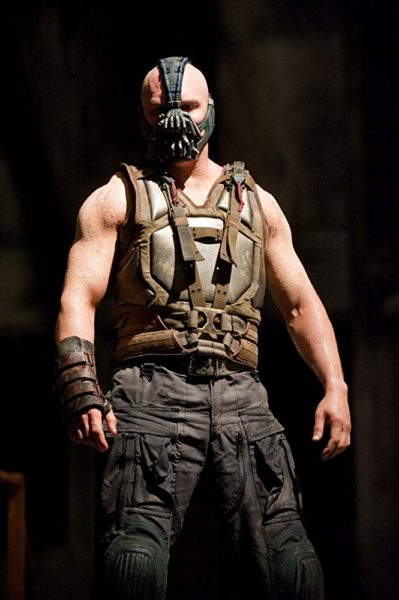 """เบน"" ของ Tom Hardy ใน The Dark Knight Rises (2012)"