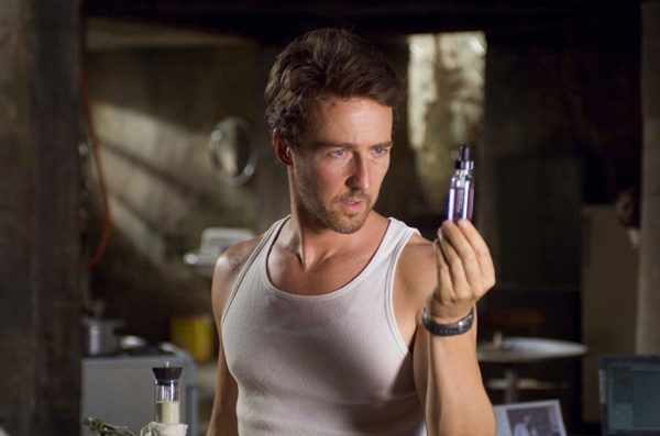 The Incredible Hulk รับบทโดย Edward Norton