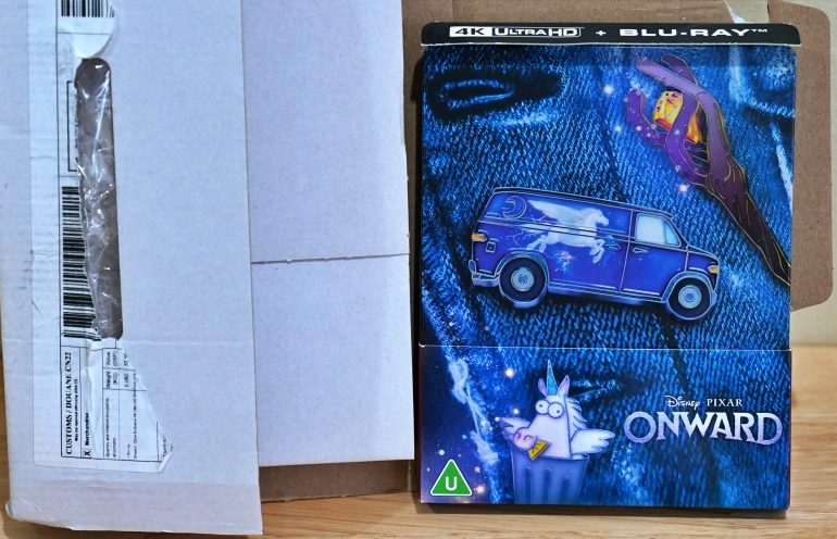WHAT THE FACT รีวิวแผ่น 4K Steelbook ONWARD